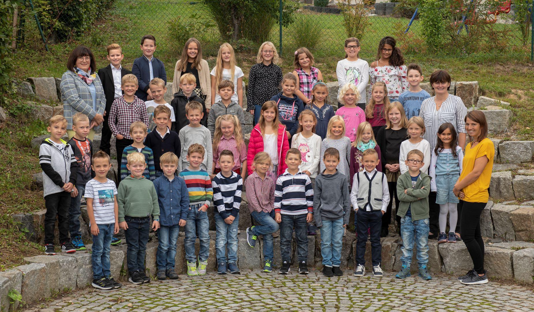 _FSE4030 Schulfamilie-1